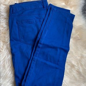 Curvy Blue-colored jeans